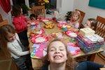 Wymyślne i interesujące przyjęcia urodzinowe dla dzieci na terenie