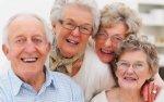 Praca w charakterze opiekunki jest idealnym zajęciem dla pań po sześćdziesiątce, które mają duże problemy ze znalezieniem zatrudnienia