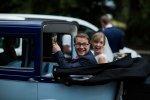 Samochód do ślubu – jaki wybrać, aby wywrzeć oszałamiające wrażenie?